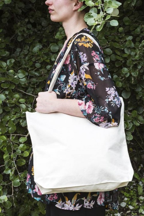 Thick canvas bag with 10 cm bottom gusset and long handles 42x42+10 cm.